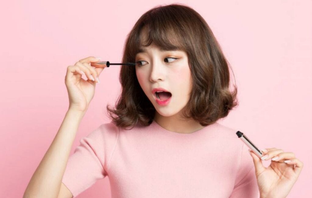 k beauty 7 Korean Makeup Trends you Need to Try (by Eliza Brooks)